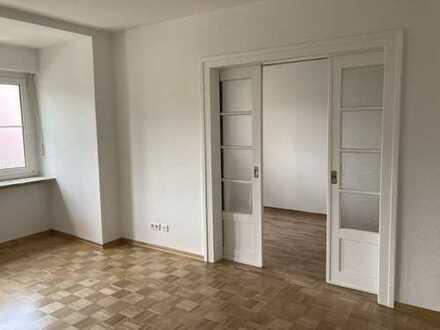 Endlich eine große Wohnung +++ Zentral mit Blick auf den Hofgarten!