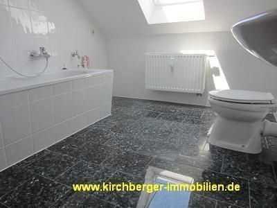 2-Zi. Dachgeschoss-Wohnung in zentrumsnaher Lage !