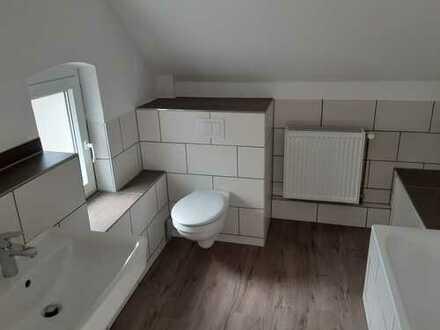 Erstbezug nach Sanierung: ansprechende 4 1/2-Zimmer-Wohnung zur Miete in Hannover Bothfeld