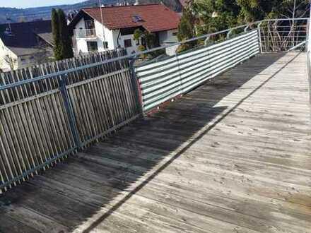 Renovierte 3,5-Zimmer-Wohnung mit Balkon und Einbauküche in 72469, Meßstetten