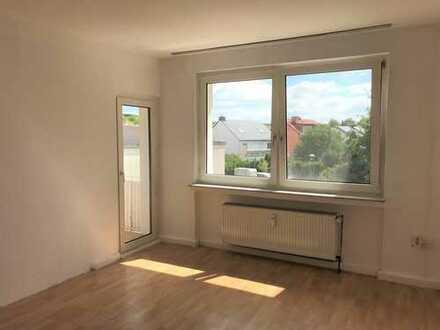 Vollständig renovierte 3-Zimmer-Wohnung mit Balkon in Marl