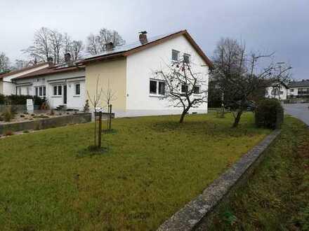 Doppelhaushälfte in Oberkreith (Stadt Roding / Kreis Cham)