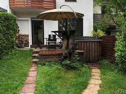 Erstbezug nach Sanierung: ansprechendes 4-Zimmer-Reihenhaus mit Garten in Dietzenbach