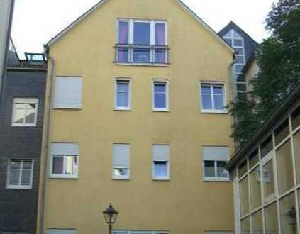 Schöne großzügige Dachgeschosswohnung im Zentrum von Kastellaun