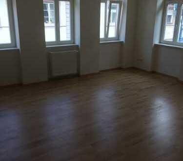 Neu renovierte 2 Zimmer Wohnung in Top Lage in der Altstadt