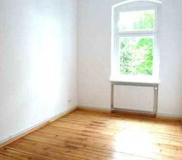 ZWEIBEZUG!Altbau!2 min zur Spree, 2 Balkone mit Ruhiglage,schicke EBK, abgez.Dielen, mod. Wannenbad!