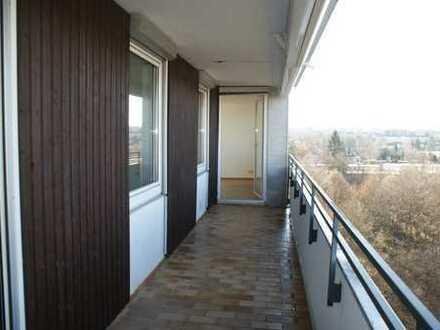 Sonnige, geräumige 4-Zimmer Wohnung