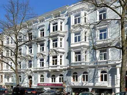 Liebevoll und Hochwertig sanierte 6 Zimmer Altbauwohnung auf der Uhlenhorst!
