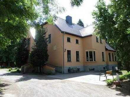 +++imposantes Anwesen mit Villa in Alleinlage am Rand von 14712 Rathenow zu verkaufen+++
