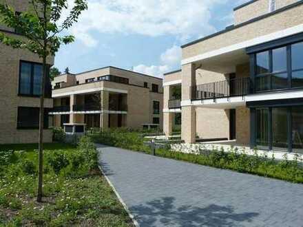 Isernhagen-Süd, exklusive Ausstattung mit Balkon und Einbauküche!