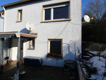 Schönes Einfamilienhaus in Idar mit Fernblick