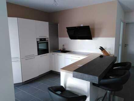 Neue hochwertige 3 Zimmer Wohnung in den Riedelhöfen, mit Einbauküche + Loggia zu vermieten