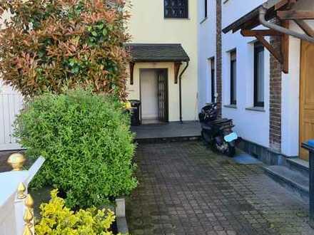 Attraktive, gepflegte 2-Zi-Wohnung in Schöneck als Kapitalanlage oder Eigennutzung
