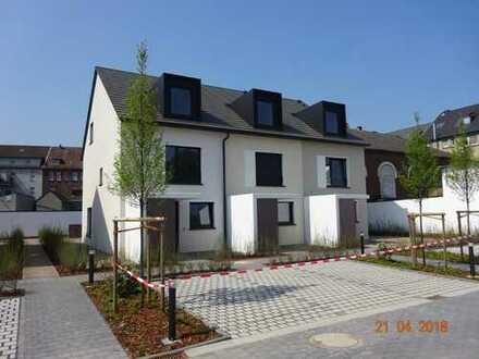 145 qm Reihenmittelhaus * NEUBAU * in Recklinghausen zur VERMIETUNG ab 01.07.2018