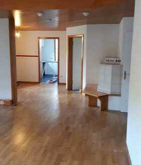 3,5-Zimmer-EG-Wohnung EBK in Burgstetten