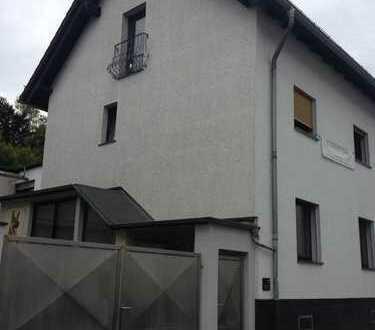 1 Familienhaus, WI-Dotzheim