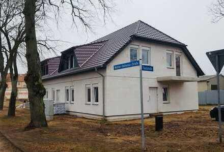 Bild_Moderne Mietwohnungen mit Balkon oder Terrasse in Rheinsberger Innenstadt