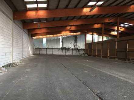 Lagerhalle im Gewerbegebiet Notwende