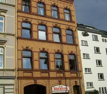 Gemütliche Dachgeschosswohnung im historischen Alt-Mülheim nähe des Rheins - provisionsfrei