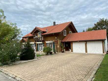 Schönes, geräumiges Einfamilienlandhaus