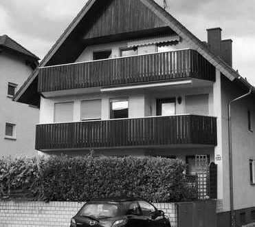 Ober-Roden: Großzügige 2-ZW Dachgeschosswohnung