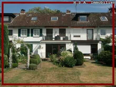 Wohnen in Wedel! Reihenhaus mit Elbblick zu vermieten! Terrasse, Balkon und Garten vorhanden!