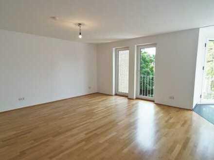 Erstbezug nach Sanierung: helle 2-Zimmer-Wohnung zur Miete in Bogenhausen, München