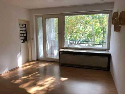 1,5-Zimmer-Wohnung mit Balkon und PKW Stellplatz am Westpark