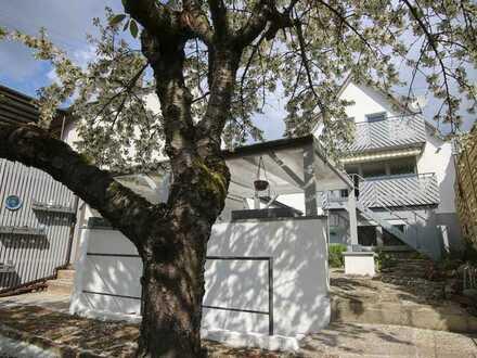 Renoviertes Einfamilienhaus mit schöner Aussicht