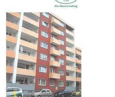 2 Zimmer, Küche, Bad, Balkon mit Fahrstuhl