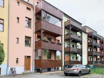 Vermietete 3-Raum Wohnung mit Balkon und Nebenräumen in Zentrumslage