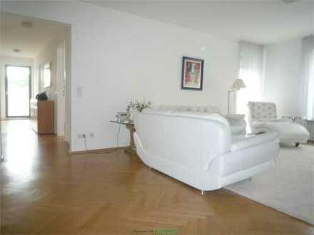 Hochwertige 4-Z-Komfort Wohnung mit großem Sonnen- Balkon in bester Westendlage- Nähe Alter Oper