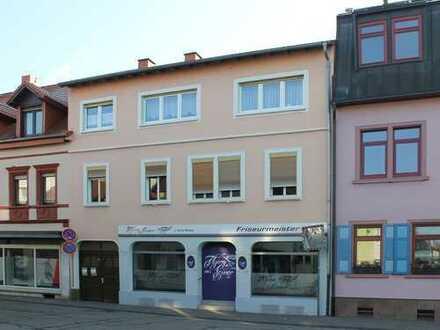 Investmentobjekt! Wohn- und Geschäftshaus im Zentrum von Hockenheim