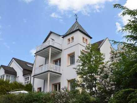 Stilvolles Mehrfamilienhaus in Holzen