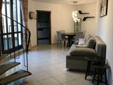 Möblierte 3,5-Zimmer-Maisonette-Wohnung mit Dachterrasse in Neusäß