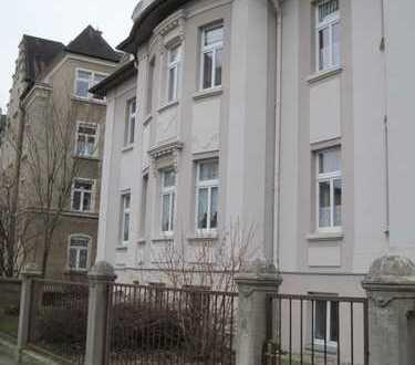 Schöne, geräumige drei Zimmer Wohnung im Bautzener Villenviertel