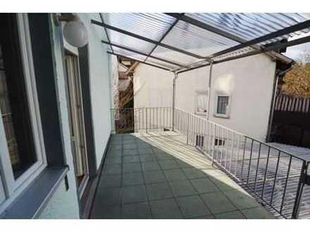 Gepflegte 5,5-Zi.-Wohnung mit großem Balkon in zentraler Stadtlage von Coburg