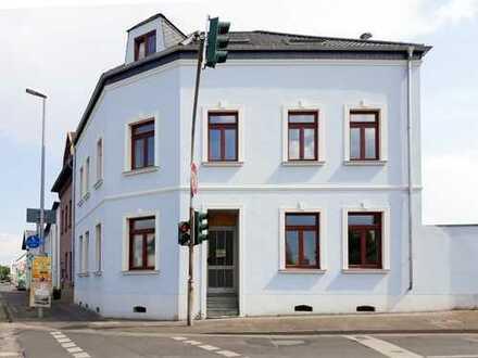 Erstbezug nach modernisiertem Altbau 1-Zimmer-Vermietung in Haus-WG mit EBK und Garten in 53332