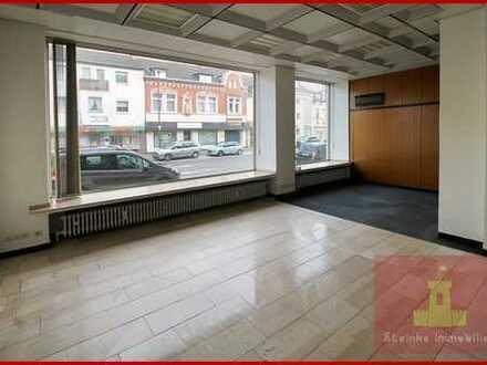 Büro oder Praxisräume im Erdgeschoss u. Untergeschoss ab sofort in guter Lage von Kerpen-Horrem
