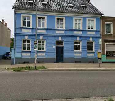 Schöne, frisch renovierte 2 Zimmer Wohnung im Herzen von Rathenow