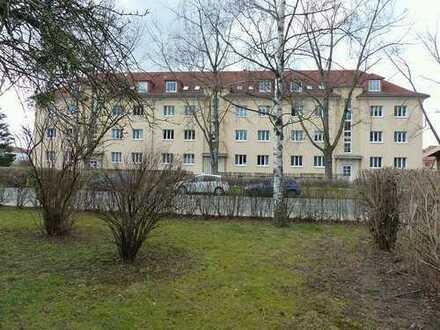 DRESDEN-SEIDNITZ: Großzügig geschnittene 2-Zimmer-Eigentumswohnung