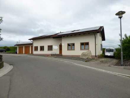 Büro/ Praxishaus ca. 7 km östlich von Memmingen zu vermieten!!