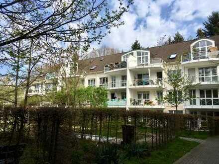 Von Privat: 950 €, 81 m², 3 Zimmer