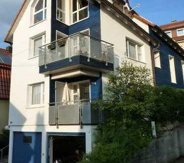 Helle und ruhige 2,5 Zimmer Wohnung in Stuttgart - Uhlbach für Einzelperson