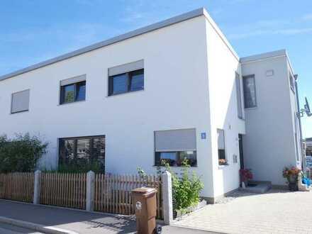 Wolnzach, exklusive Doppelhaushälfte mit Doppelgarage