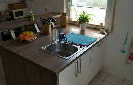 Attraktive 3-Zimmer-EG-Wohnung mit Balkon und Einbauküche in Hünstetten