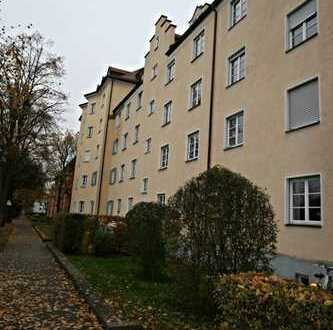 Kapitalanleger aufgepasst - Schöne 2 ZKB Dachgeschosswohnung nahe Uni