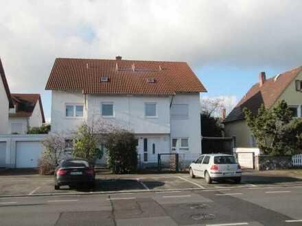 Gepflegte Doppelhaushälfte mit Carport in der Weinheimer-Weststadt