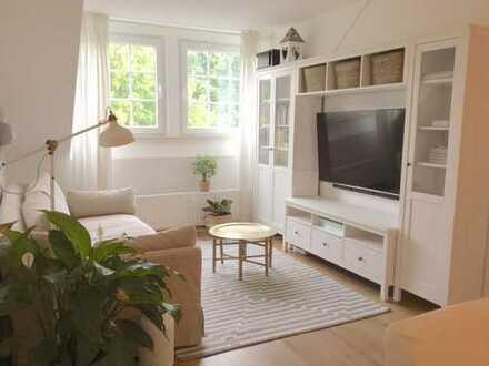 Schöne drei Zimmer Wohnung an der grünen Allee