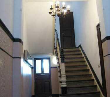 Top 2 1/2 Zimmer Wohnung liebevoll renoviert mit exklusiver Ausstattung.... NUR 750 m zum Zentrum